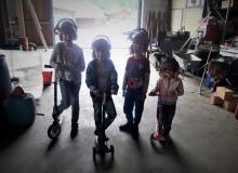 Scooter fahren- Nur mit Helm;P